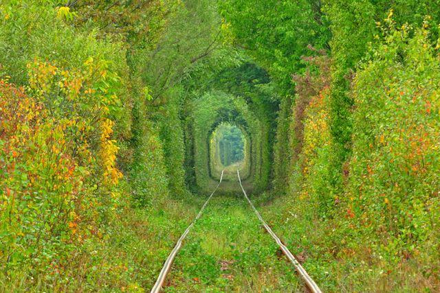 愛のトンネル:ウクライナ