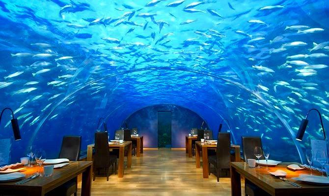 イターアンダーシーレストラン(モルディブ)