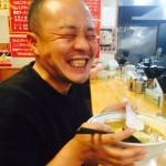 月間130万PVの超人気ブロガー「かみじょー」の家にヒッチハイクで突撃訪問!!