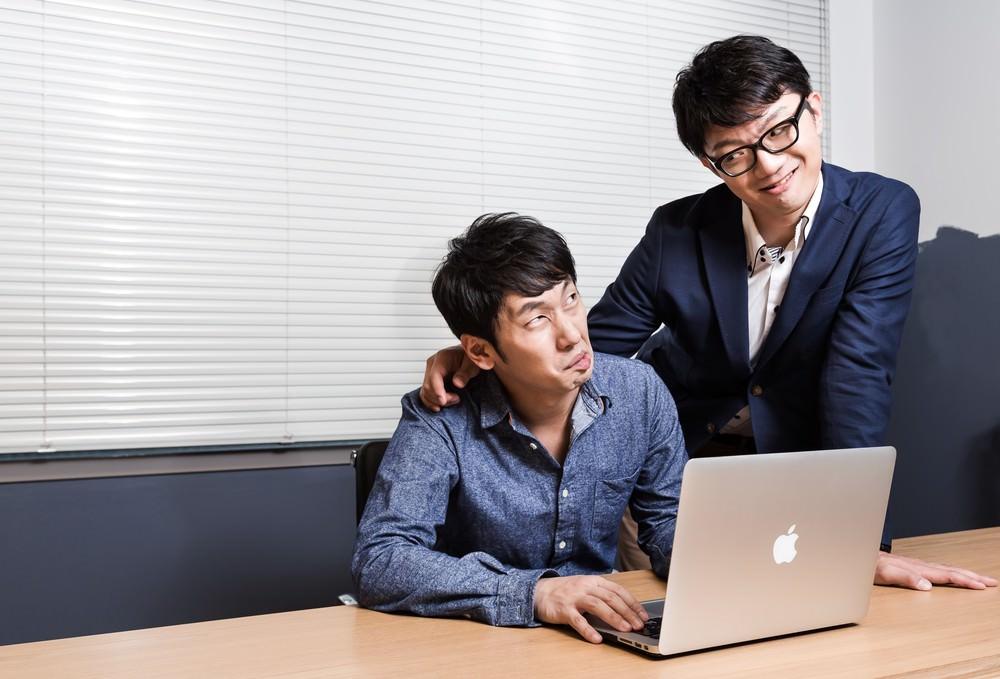 ブラック企業は休日なのに上司が自分の趣味のために社員を駆り出す