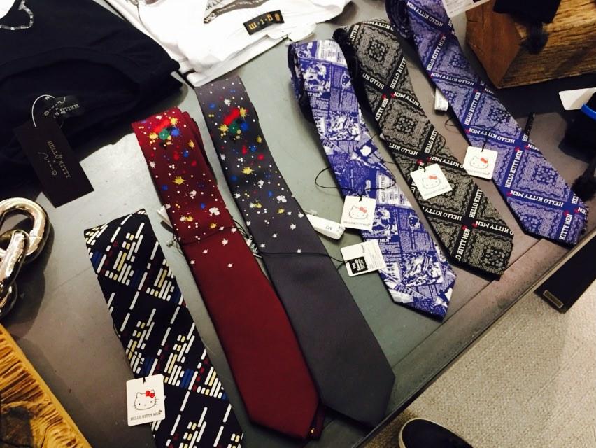 メンズキティコラボのネクタイ